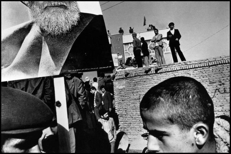 IRAN. Tabriz. 1980. (c) Gilles Peress / Magnum Photos