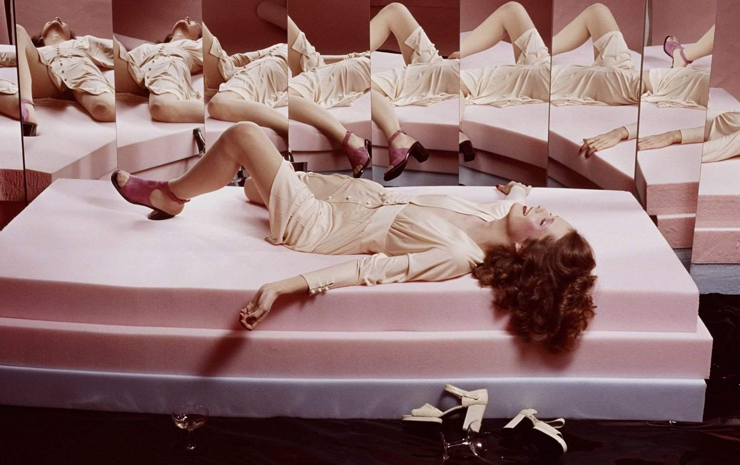 © Estate of Guy Bourdin
