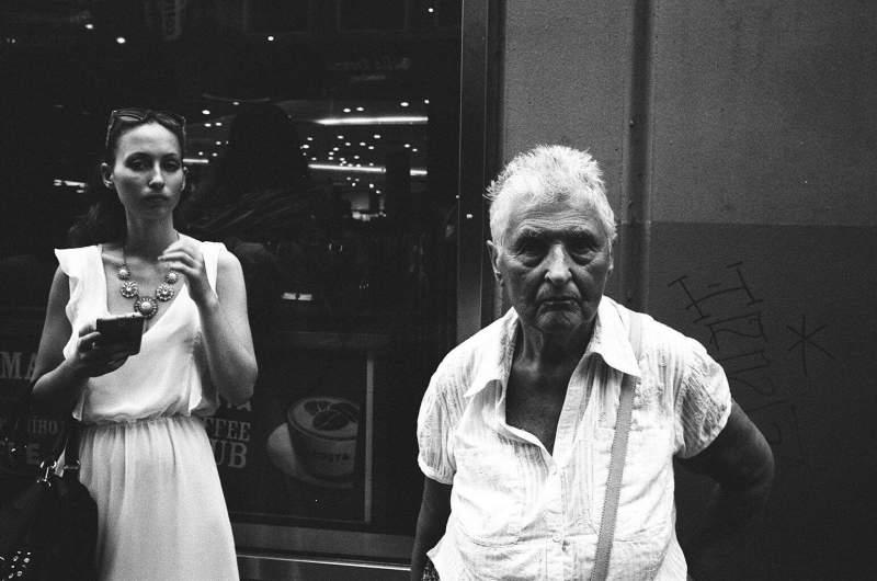 eric-kim-street-photography-kodak-tri-x-1600-1337