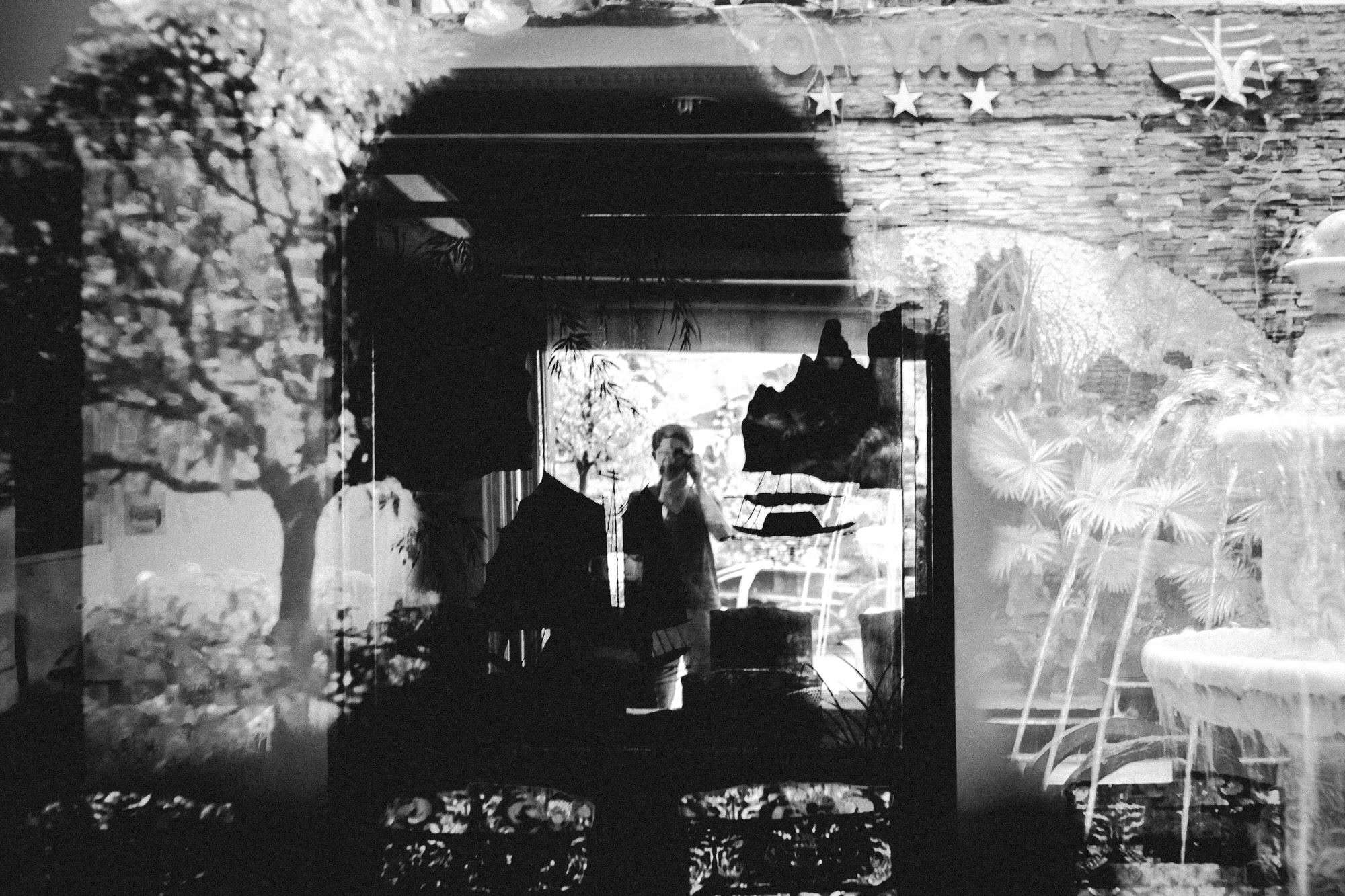 eric-kim-street-photography-saigon-selfie