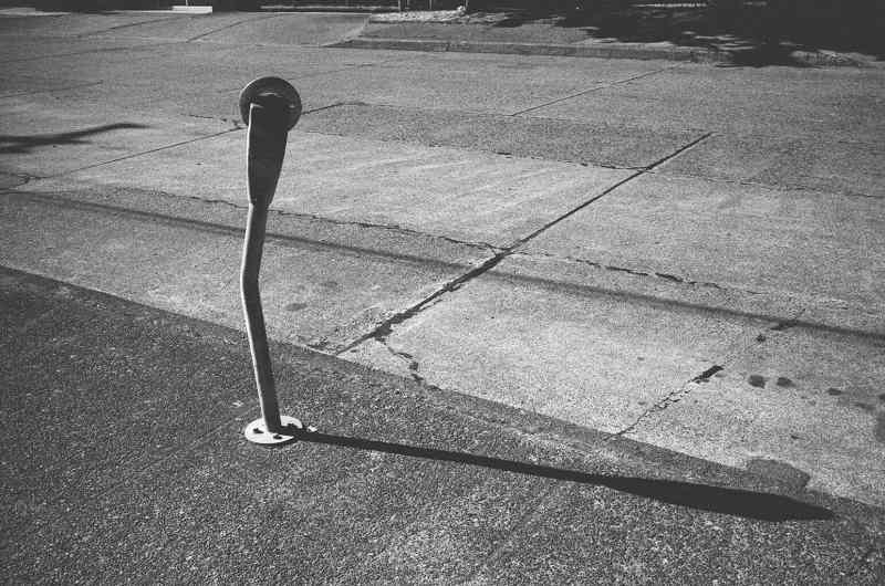eric kim street photography - kodak tri-x 1600-1149