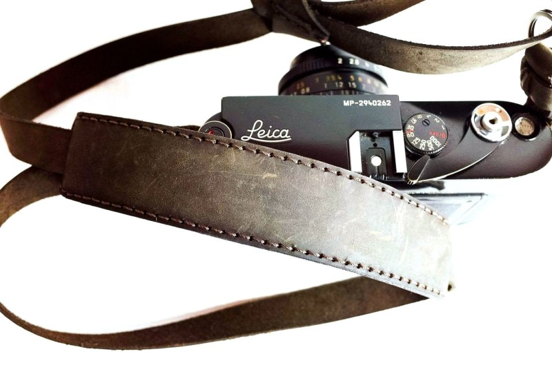 LEICA MP + HENRI NECK STRAP