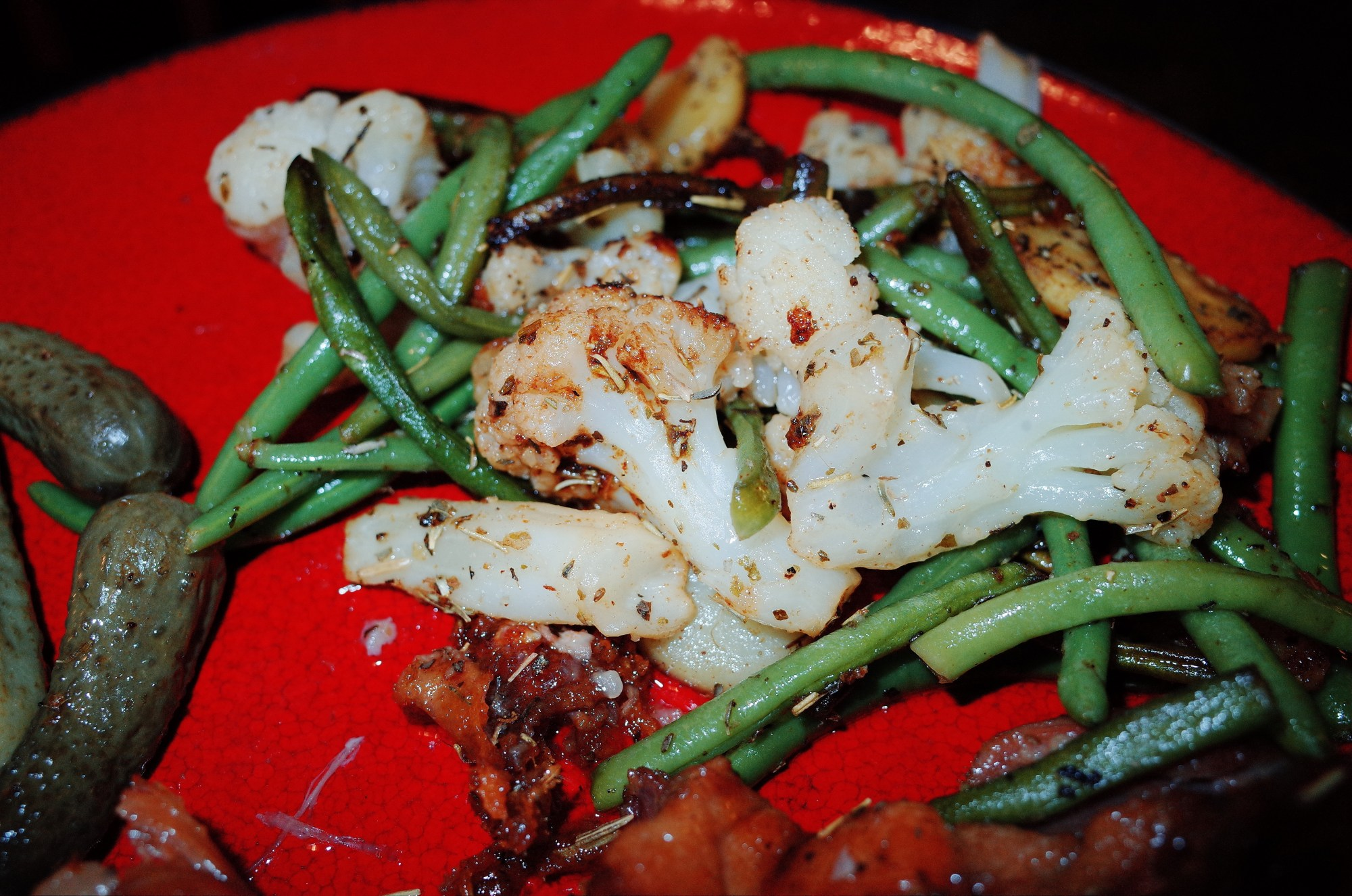 Green beans and cauliflower cooked at home in marseille