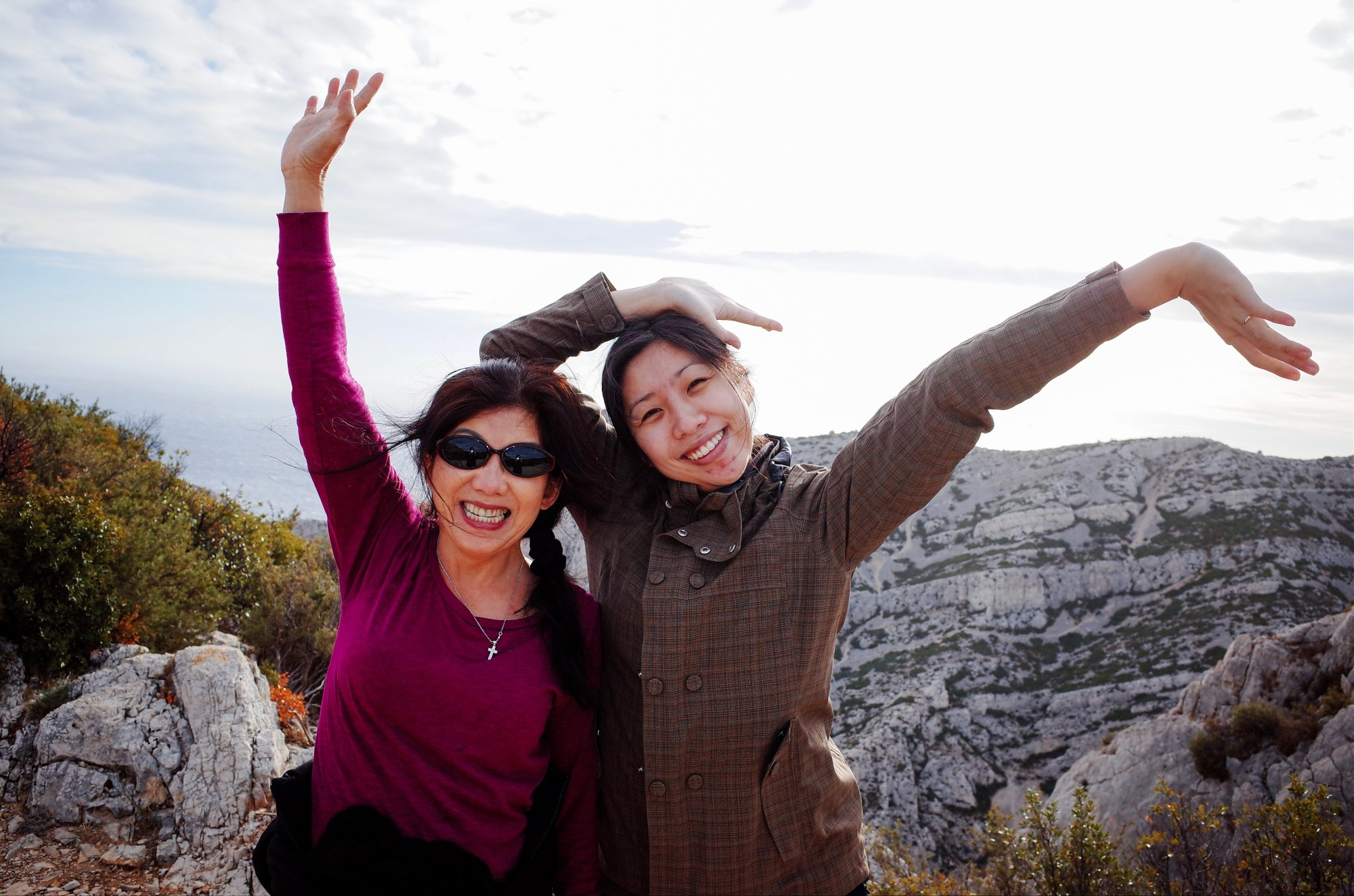 Cindy and mom happy in Marseille, 2018