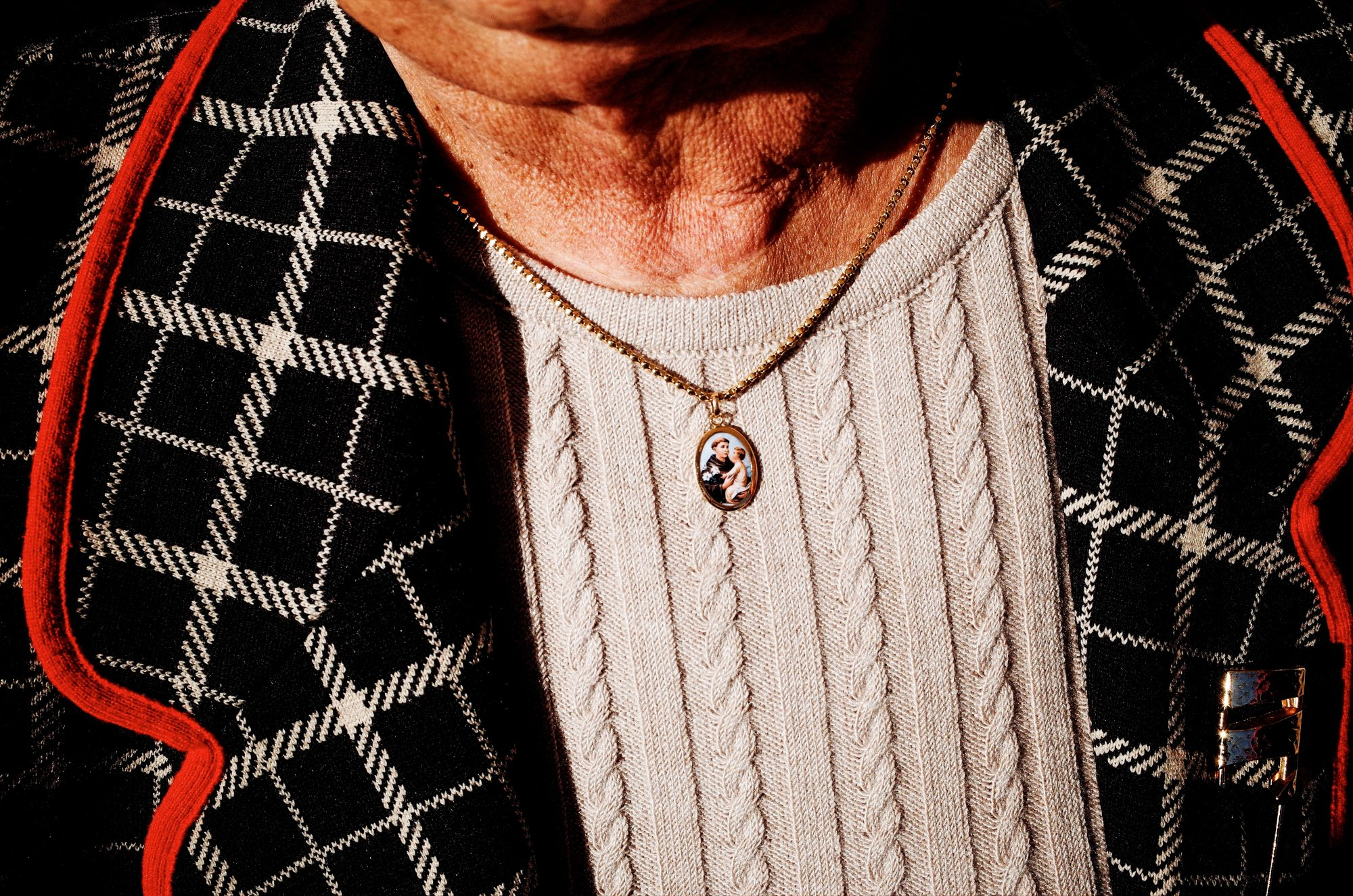 Woman with pendant. Lisbon, 2018