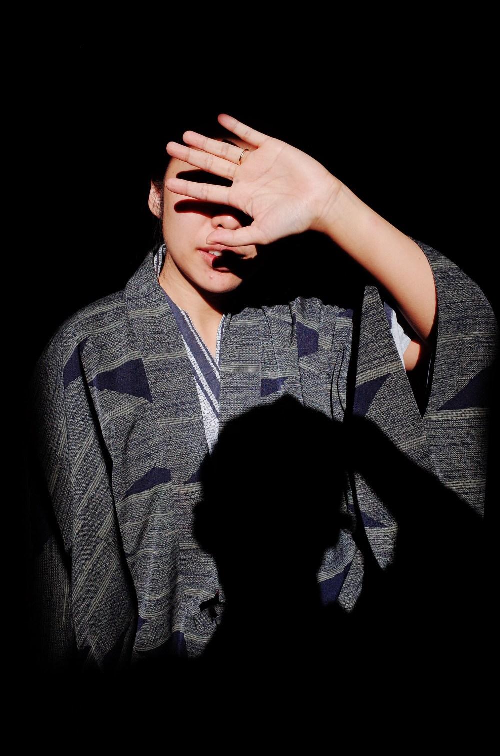 Cindy hand shadow, selfie. Kyoto, uji