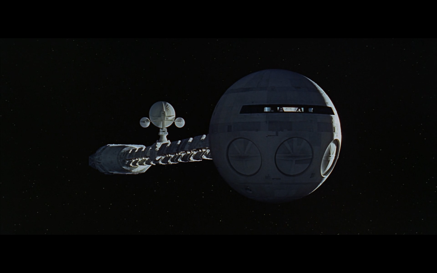 2001 Space Odyssey Cinematography-270.jpg