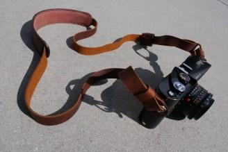 eric kim henri shoulder strap - crema brown details-1068817