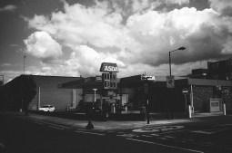 eric kim photography black and white tri x 1600 leica mp 35mm film-80070028