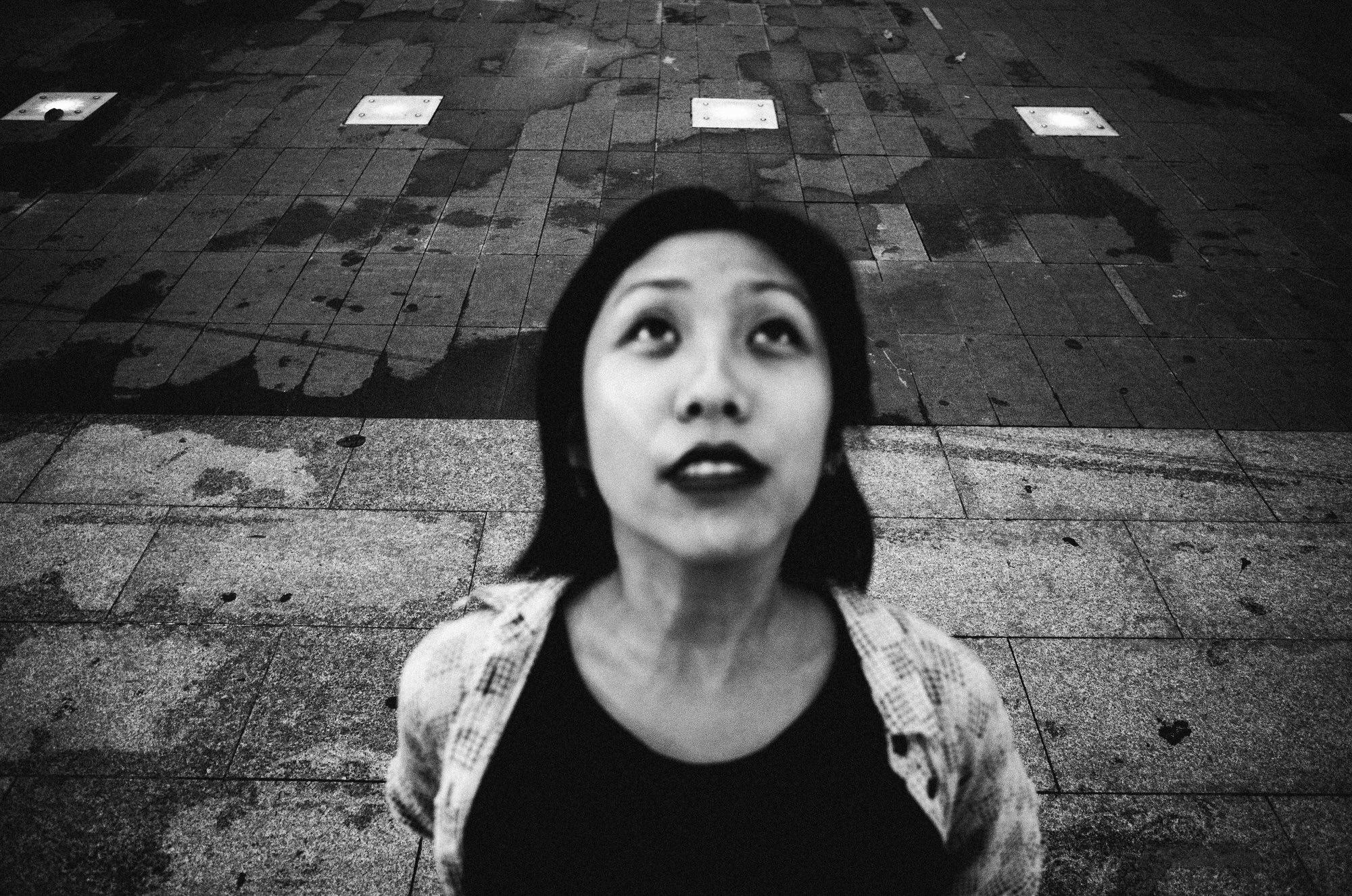 eric kim street photography black and white saigon 2017-0017193