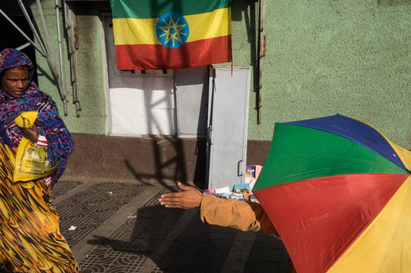 Ethiopia by Yves Vernin street photography color 2