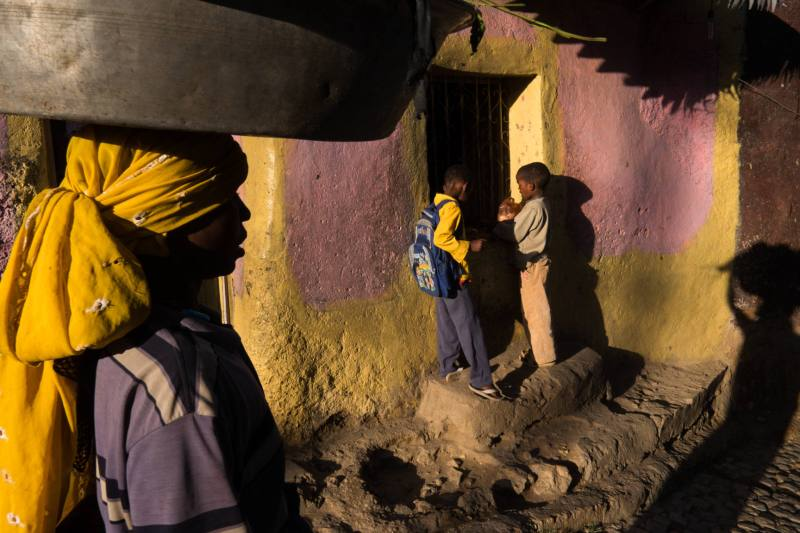 Ethiopia by Yves Vernin street photography color 37