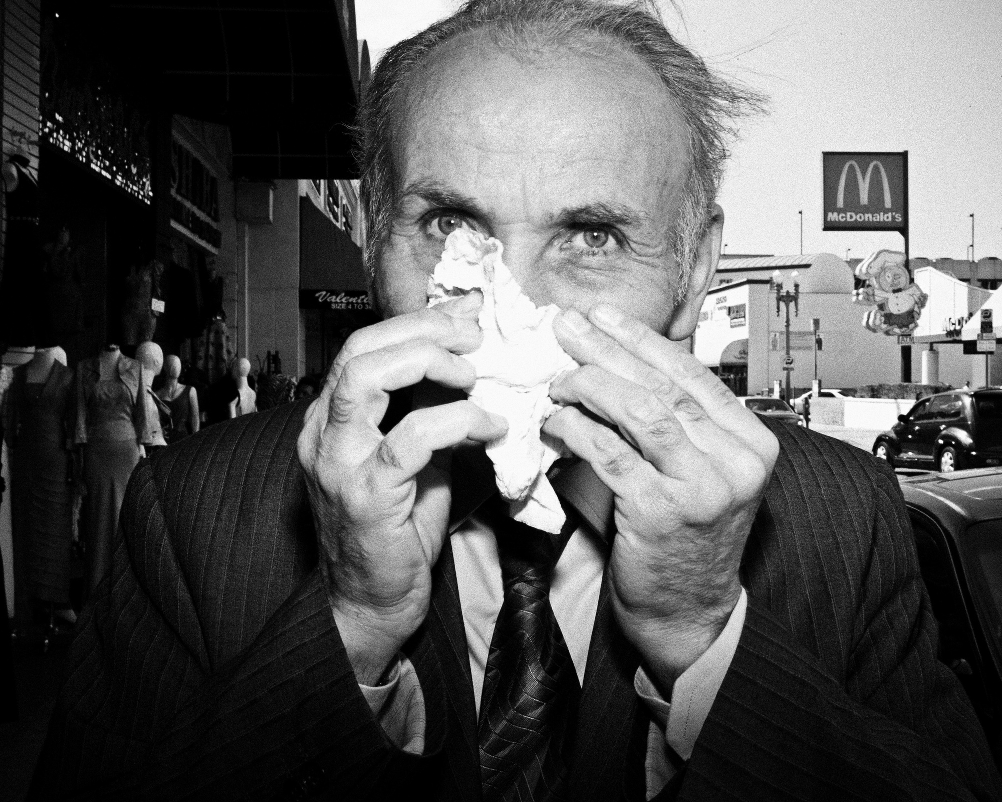 eric kim black and white street photography downtown los angeles 00003