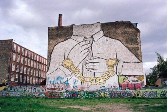 suits-golden-handcuffs-berlin173239998.jpg