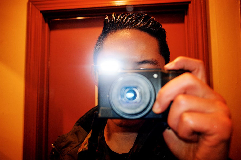 Selfie Ricoh Boston flash