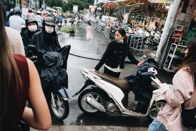 eric kim street photography vietnam - saigon - street photography - lumix-8760861