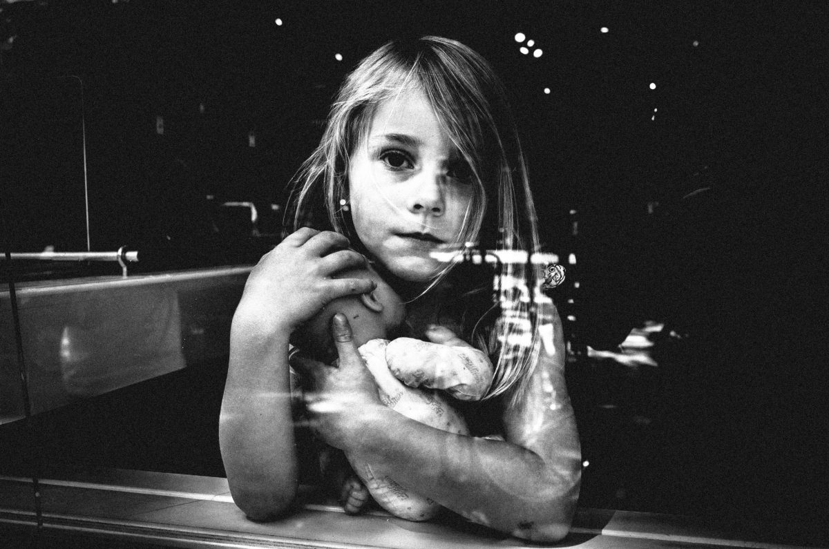 Amsterdam girl with doll— reminds me of pieta. Amsterdam, 2015 #ricohgrii