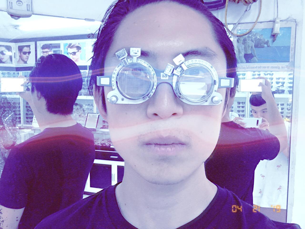 glasses Vietnam Hanoi eric