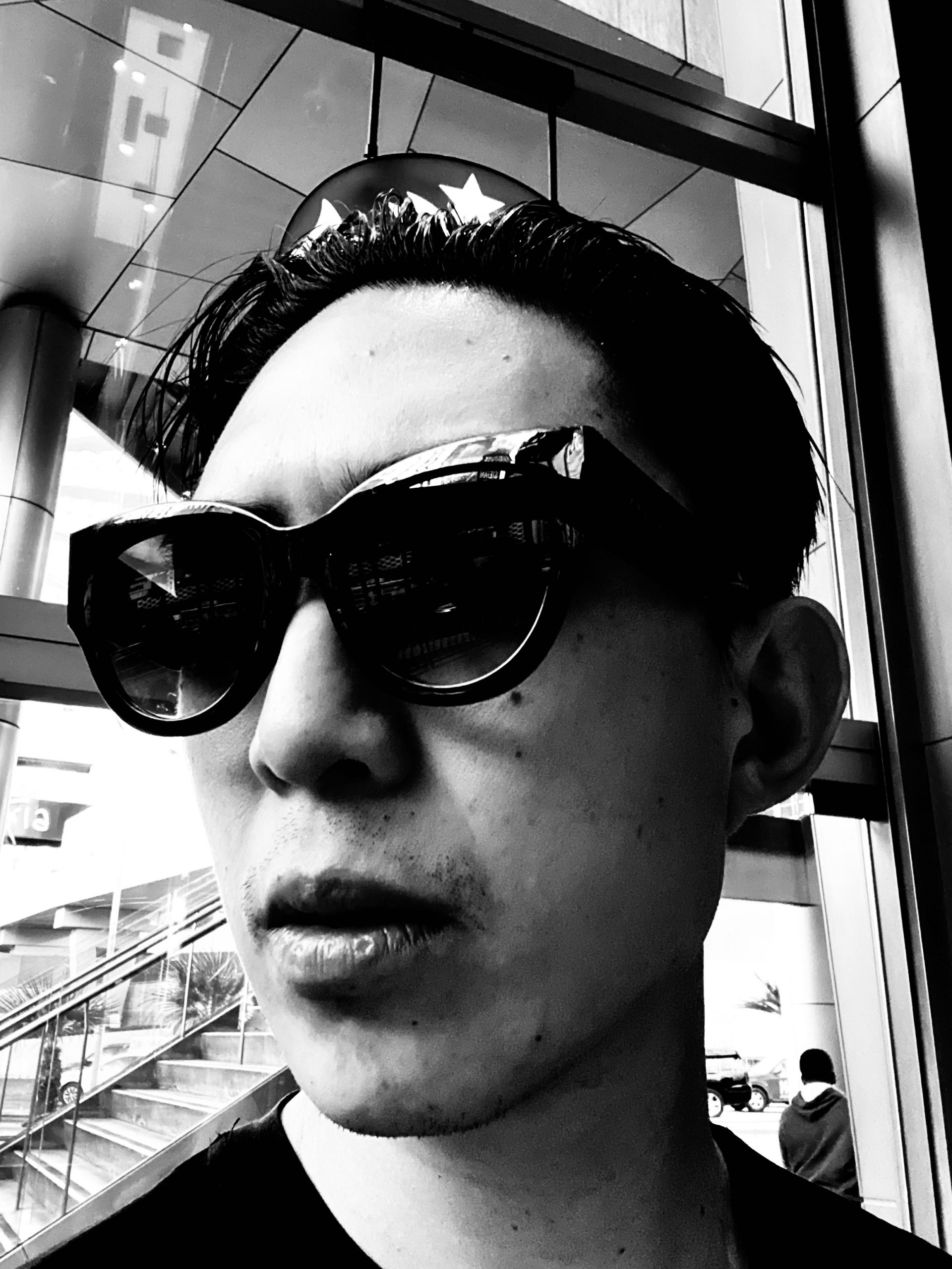 Selfie sunglasses