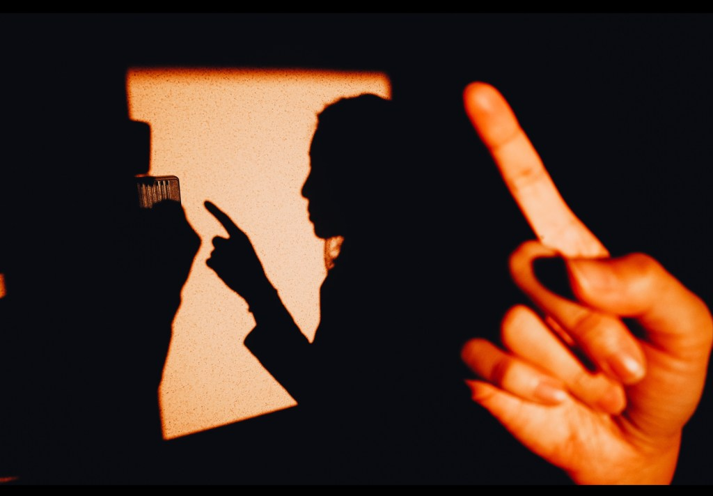 Finger shadow Cindy Kyoto