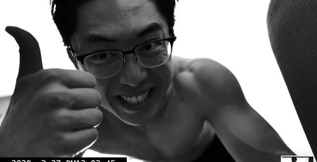 selfie smile thumbs up