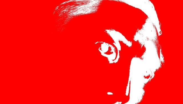 selfie red white