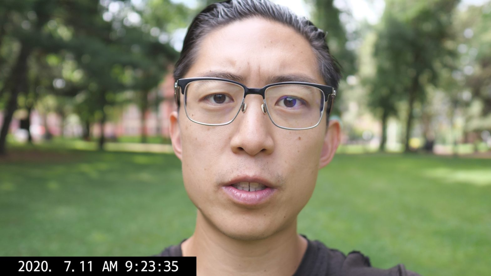 selfie ERIC KIM talking vlog