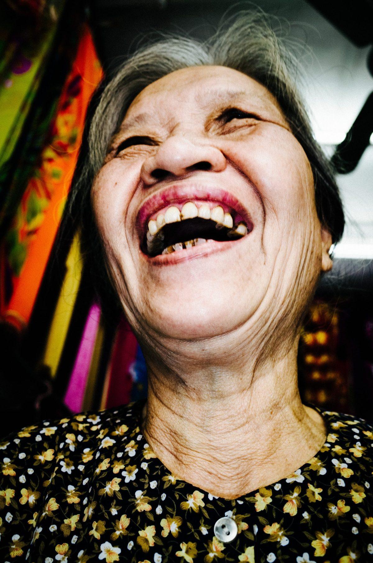 laughing lady hanoi