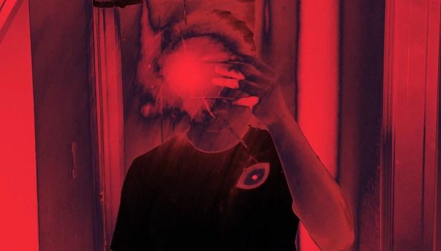 selfie crimson red flash