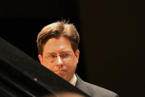 Eric Malson, pianist, in concert