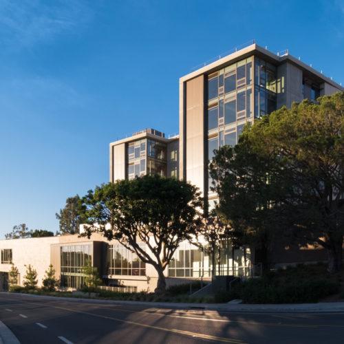 University of California Irvine UC Irvine Mesa Court Expansion - Orange County - Mithun