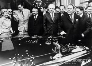 Brezhnev lead