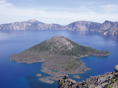 Island in the middle of Crater Lake 2