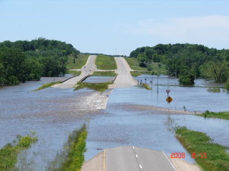 Flooding in Iowa at the Cedar River