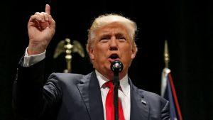 In Synagogue This Rosh Hashanah, Should Rabbis Slam Trump and Endorse Clinton?