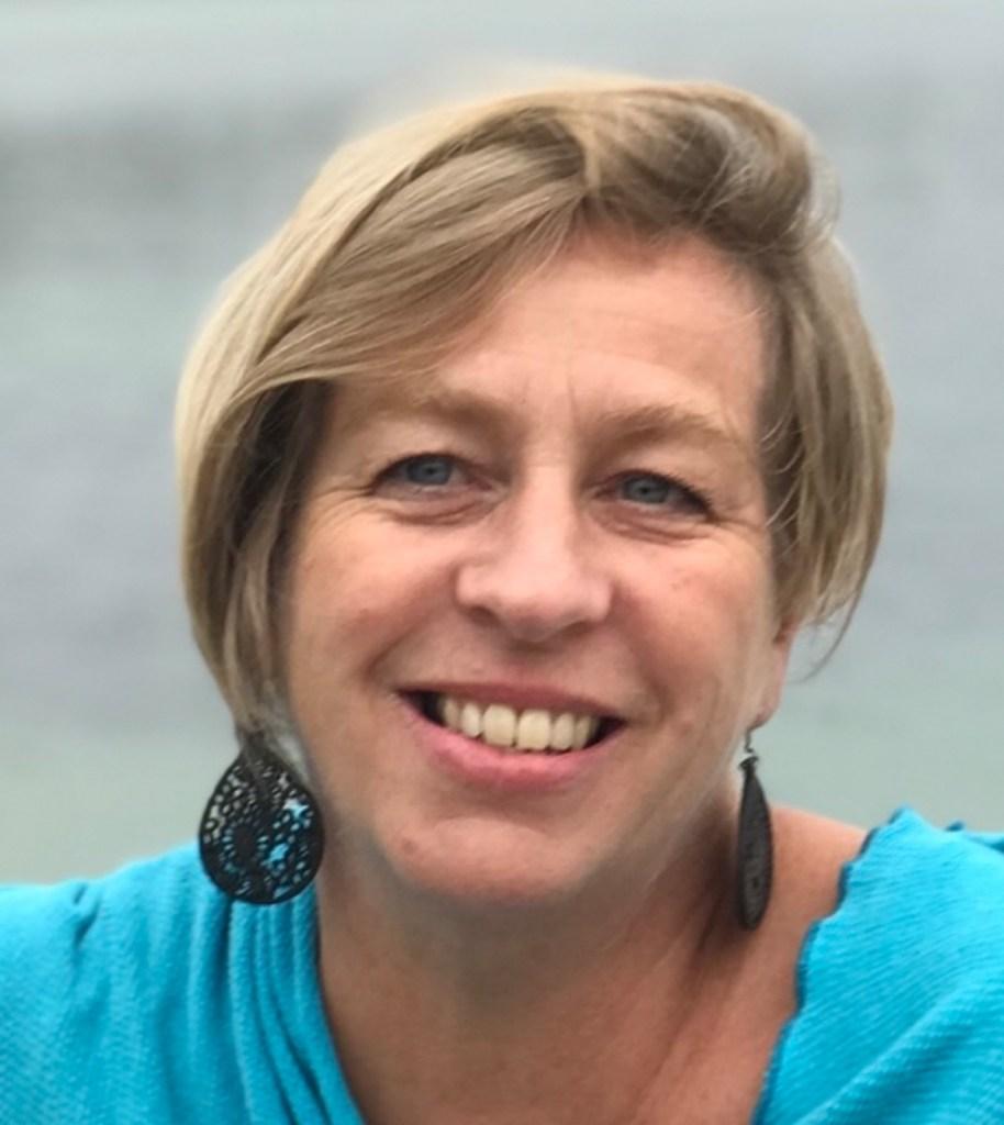 Emma O'Neil - Consultant