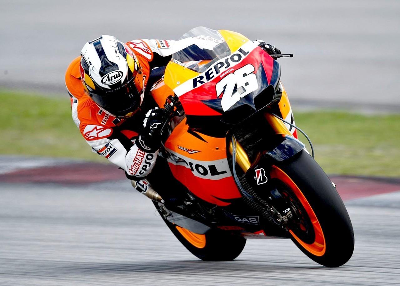 New style moto gp 2011  erik_erky