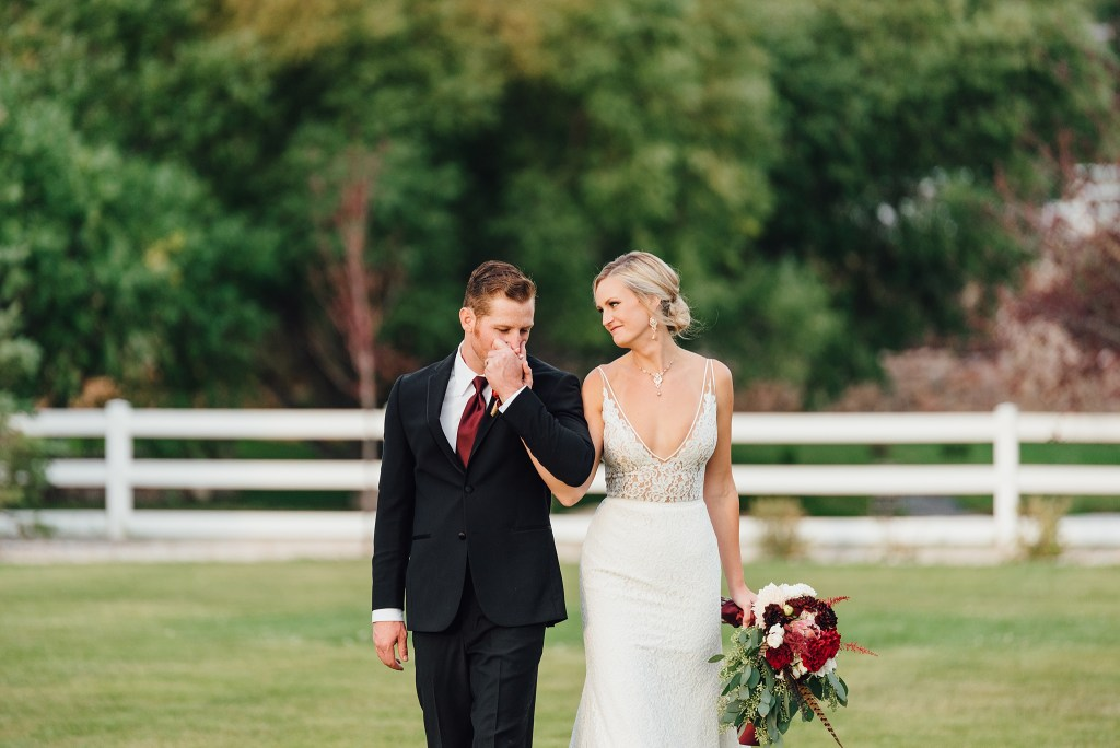 wedding at crooked willow farms in Larkspur, Colorado