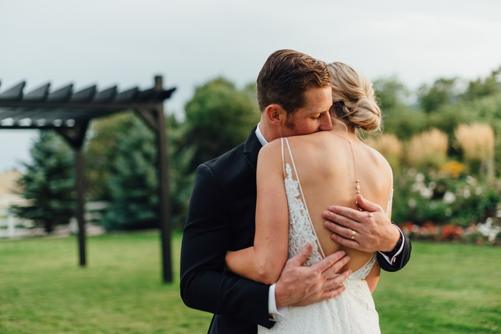 backless wedding dress, colorado wedding at crooked willow farms