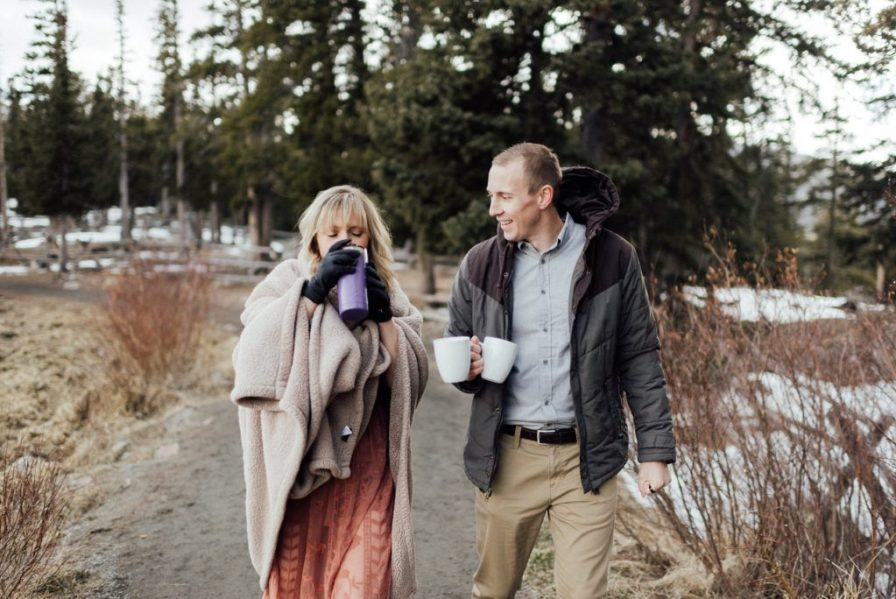 winter engagement photos in idaho springs