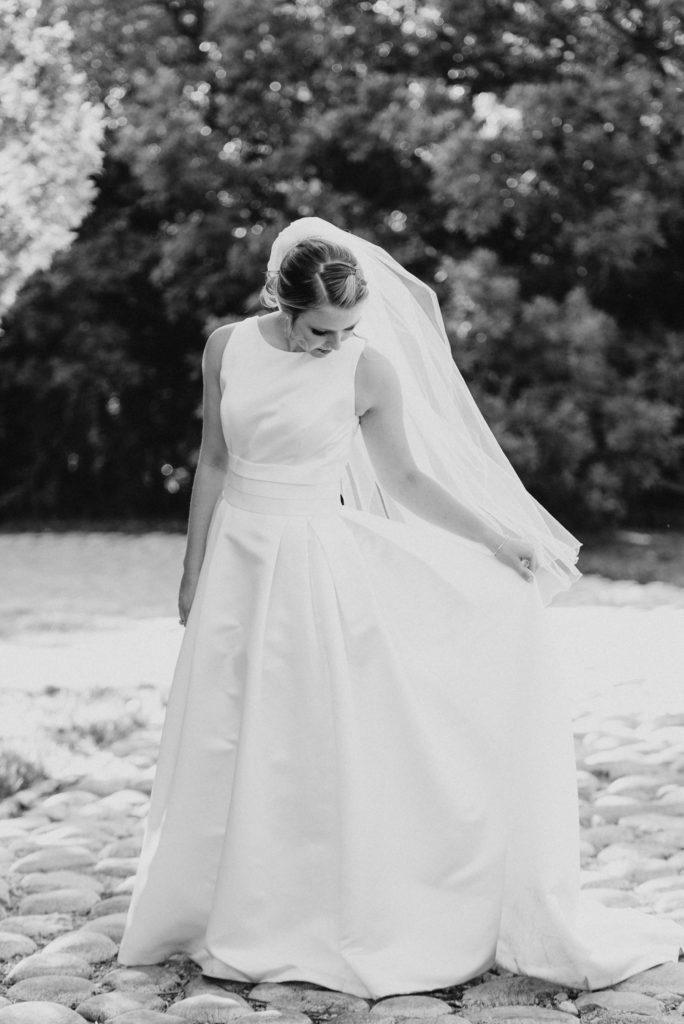 simple wedding dress for backyard wedding
