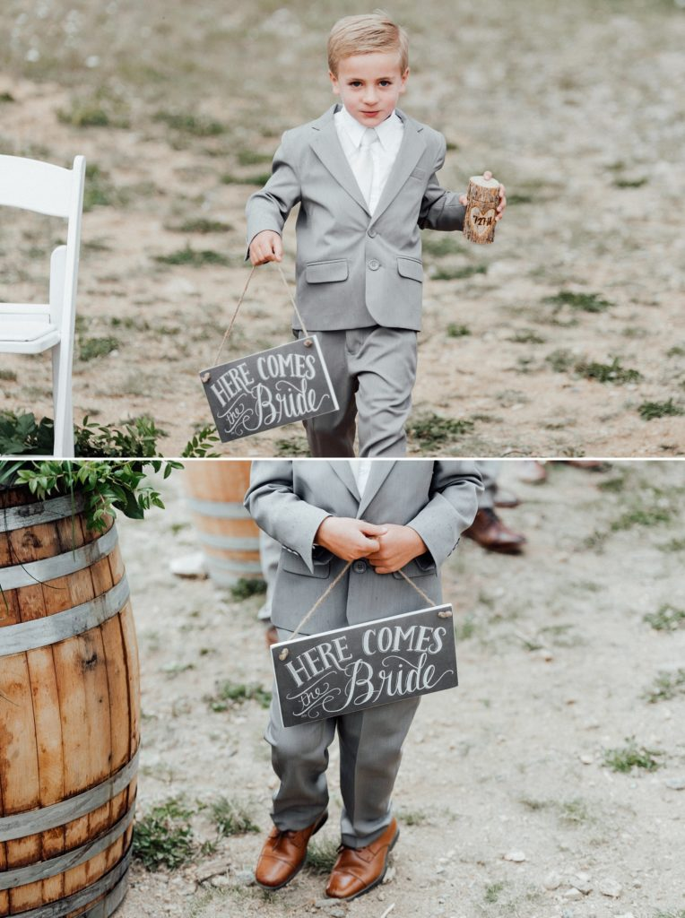 Ring bearer outfit, ring bearer signs
