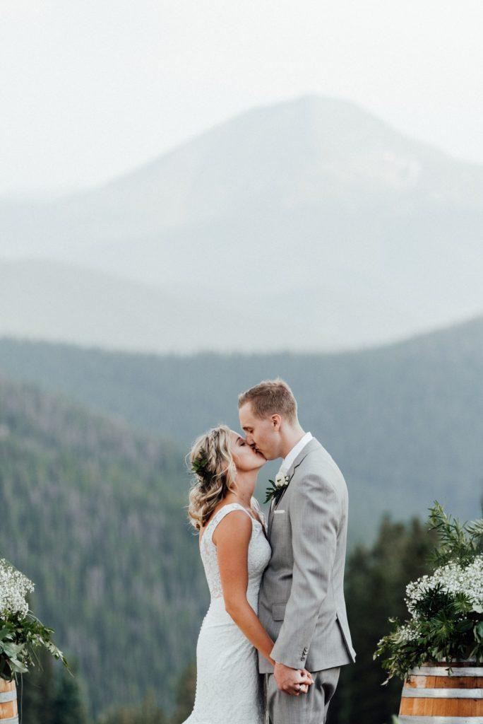 Bride and groom photos at Timber Ridge