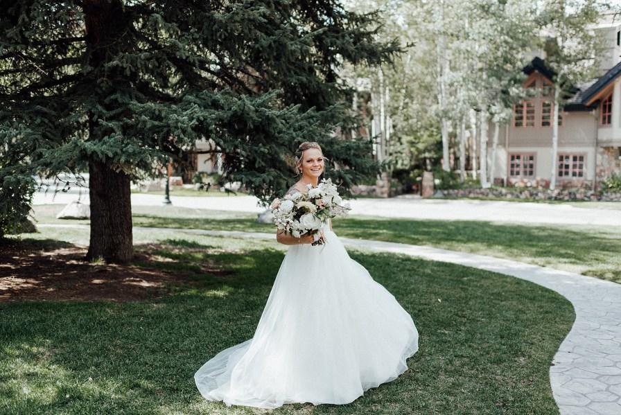 Sweetheart top wedding dress