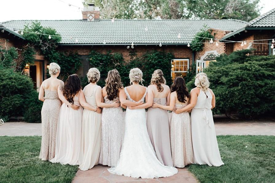 Bride and bridesmaids photo ideas, bridesmaid photo ideas, blush bridesmaid dresses, champagne bridesmaid dresses, blush bridesmaids dresses, bridesmaid dress ideas, bridesmaid hair ideas, bridesmaid hairstyles