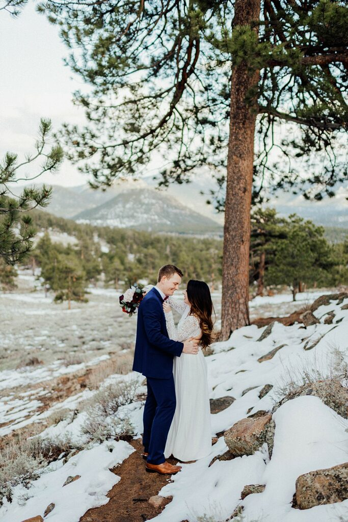 small wedding in estes park, colorado