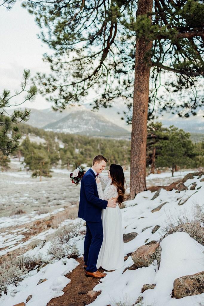 small wedding in estes park, colorado