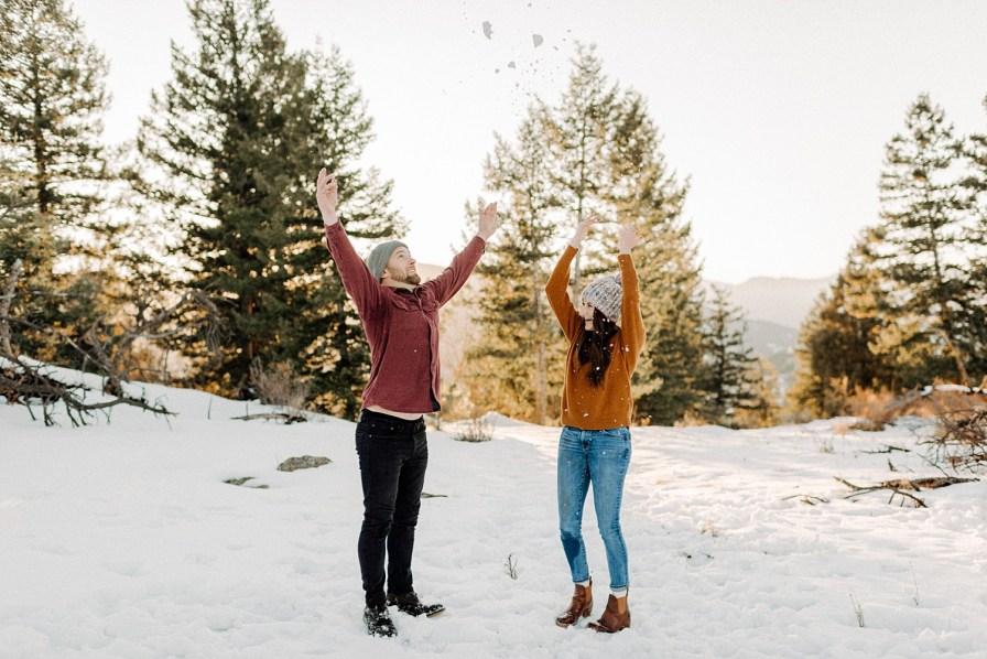 fun ideas for engagement photos