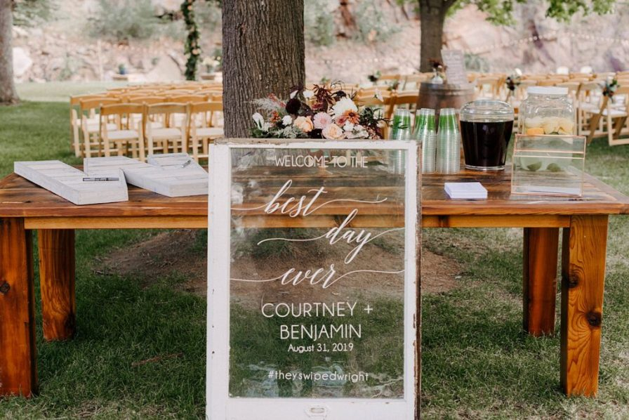 wedding day sign ideas