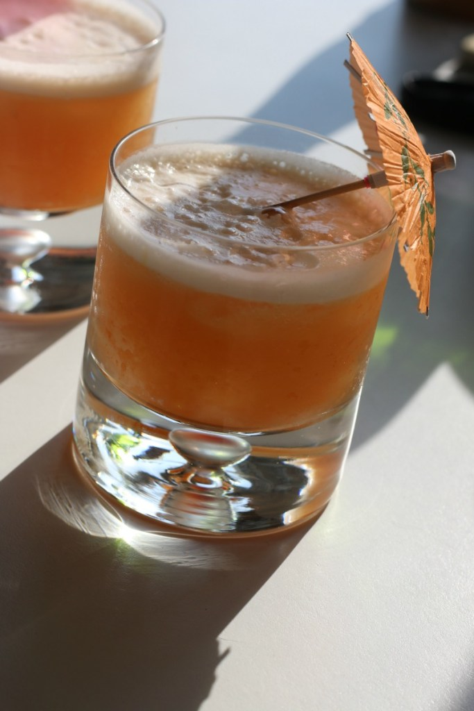 Hawaiian Stone Sour. This bourbon-based cocktail is a vacation in a glass. | erikasglutenfreekitchen.com